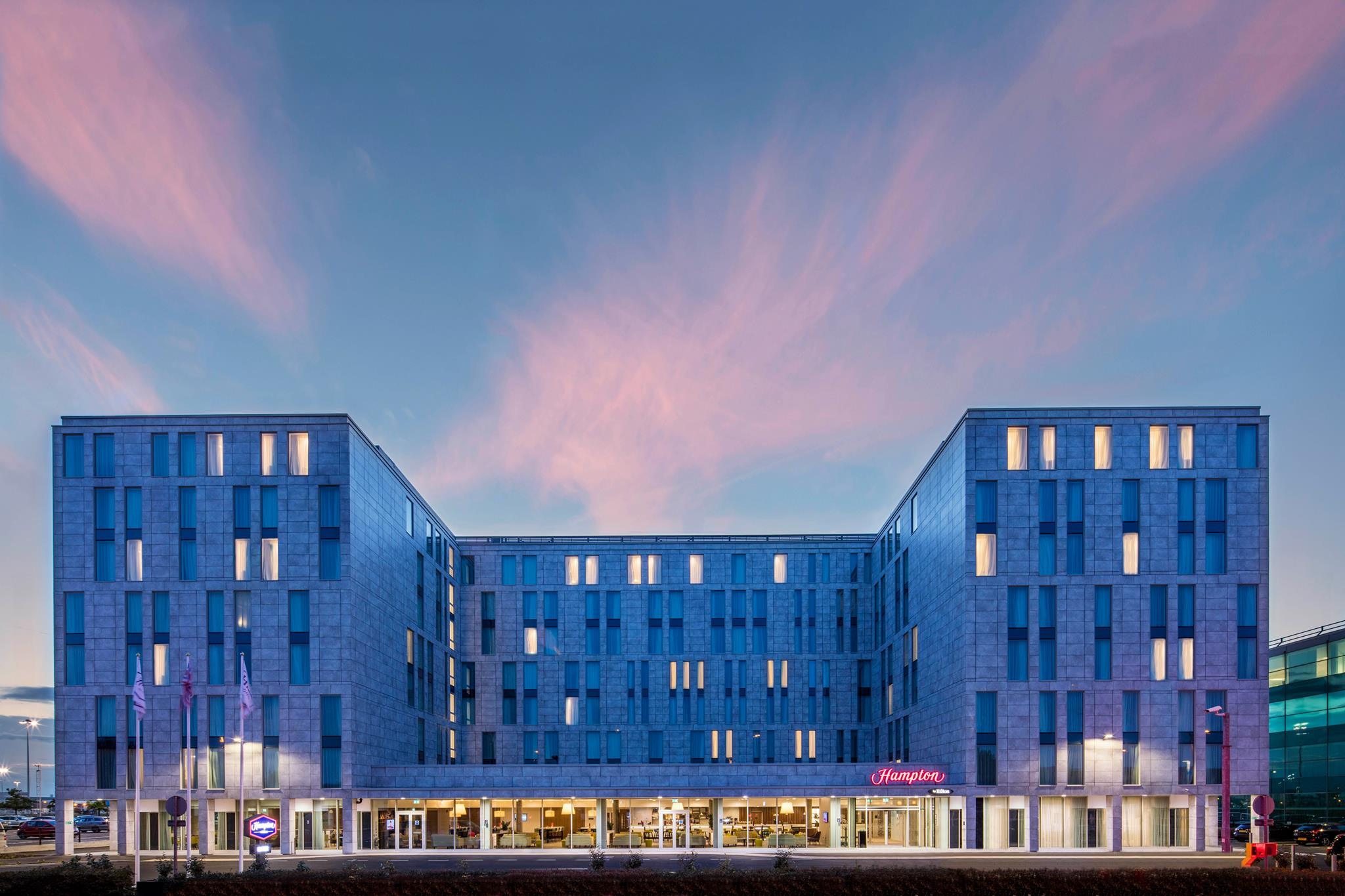 Receptionist,Hampton by Hilton London Stansted Airport ...